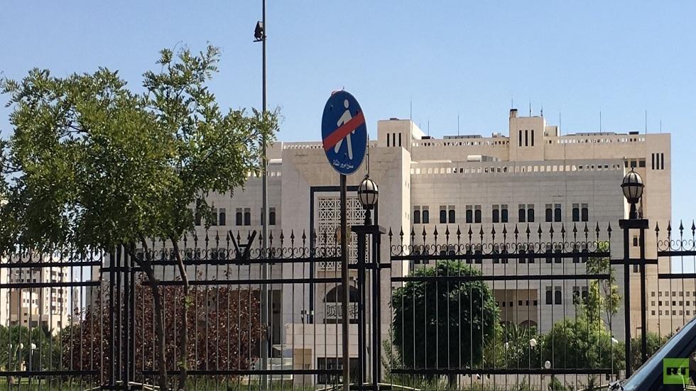 الحكومة السورية تقرر وقف أو خفض نسبة الدوام في المؤسسات العامة وفق أسس
