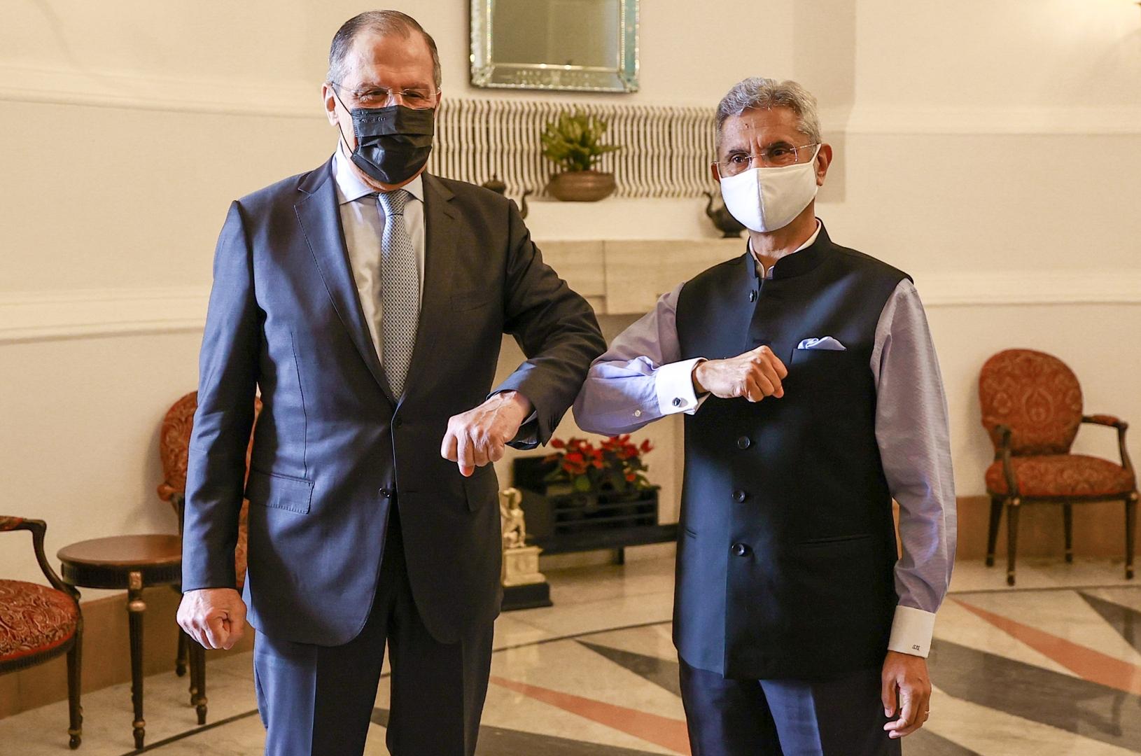 وزيرا الخارجية الروسي سيرغي لافروف والهندي سوبرأمانيام جايشانكار