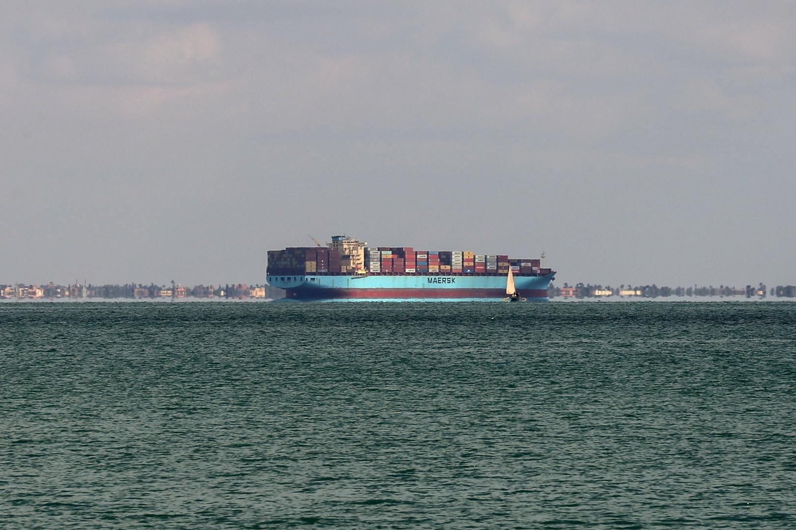أنباء عن تعطل سفينة جديدة في قناة السويس.. ومصادر توضح (صورة)