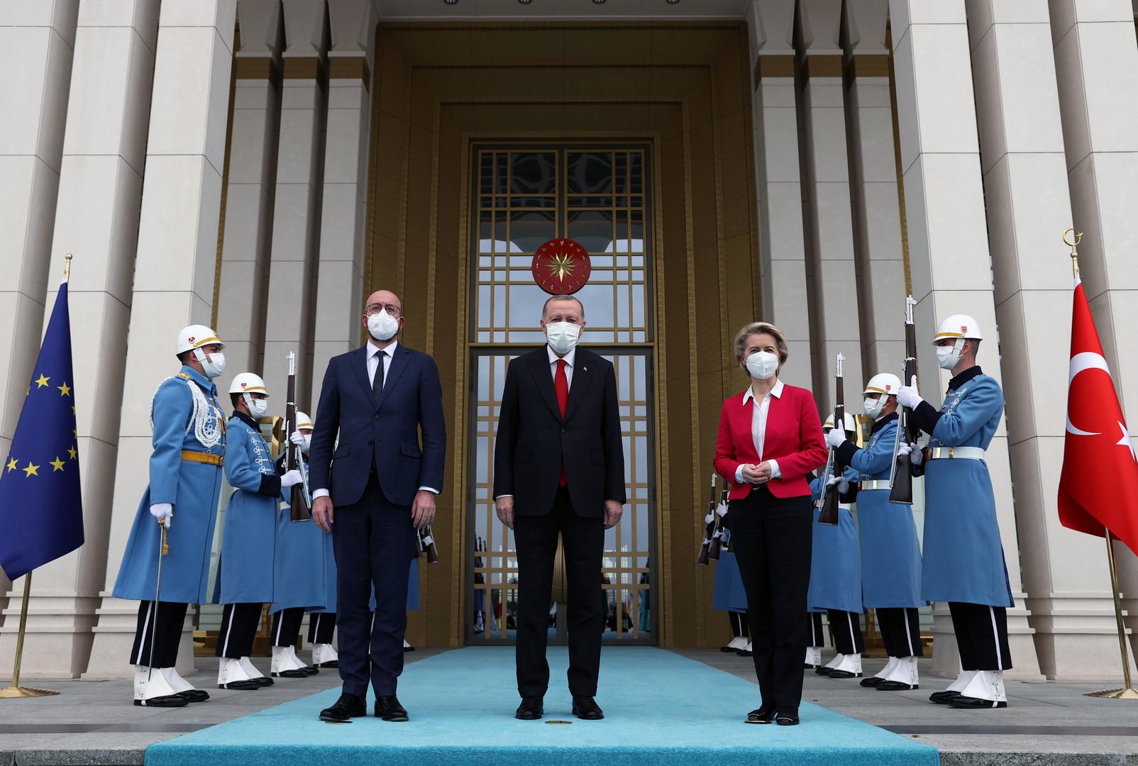 رئيس المجلس الأوروبي يدعو من تركيا إلى مغادرة كل المقاتلين الأجانب ليبيا