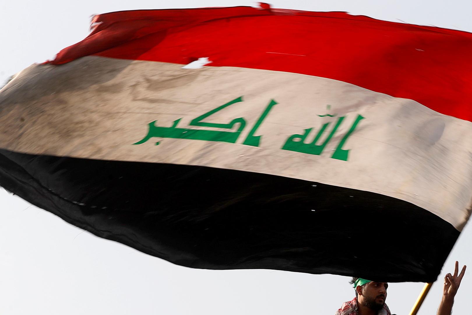 اشتباك بين أمن الحشد الشعبي وفصيل مسلح في دائرة حكومية بشمال العراق (فيديو)