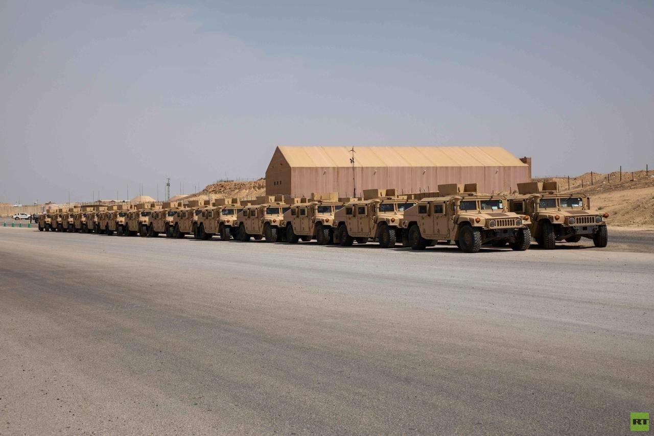 القوات العراقية تتسلم معدات من التحالف الدولي
