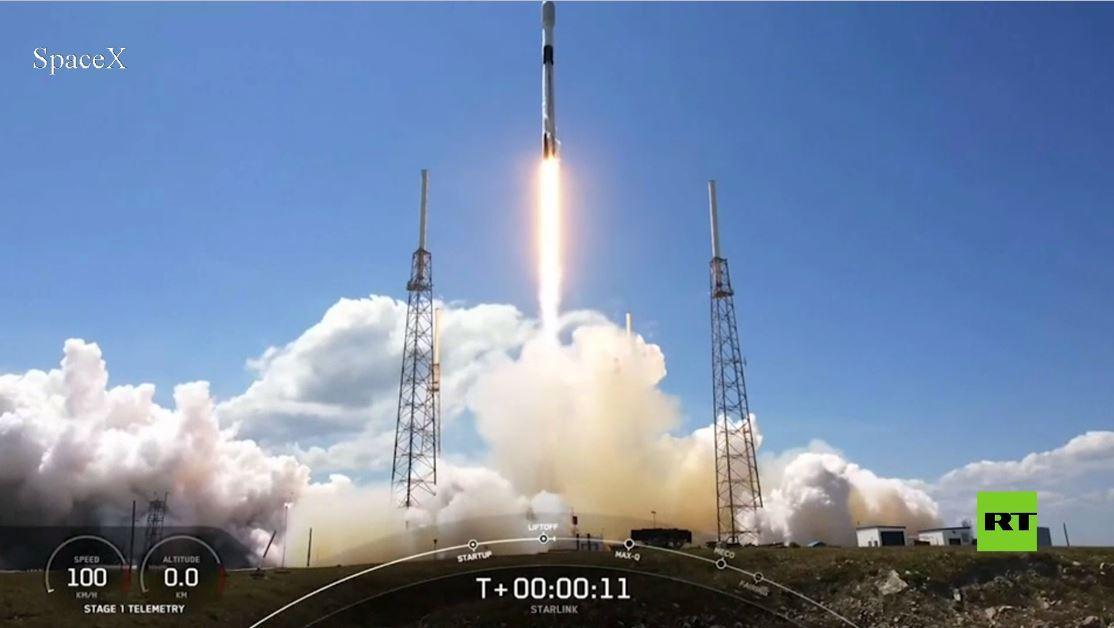سبايس إيكس تطلق دفعة جديدة من أقمار ستارلينك إلى الفضاء
