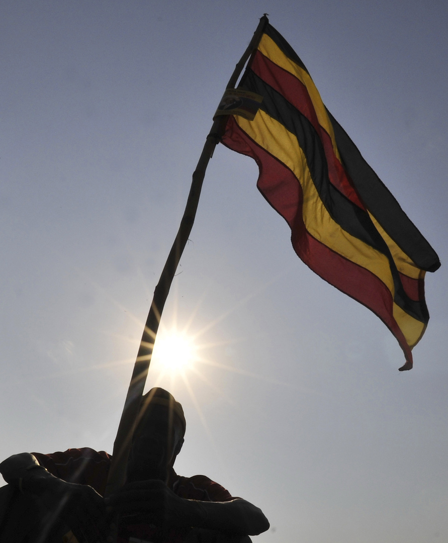 Uganda announces the signing of a security agreement with Egypt to exchange military information