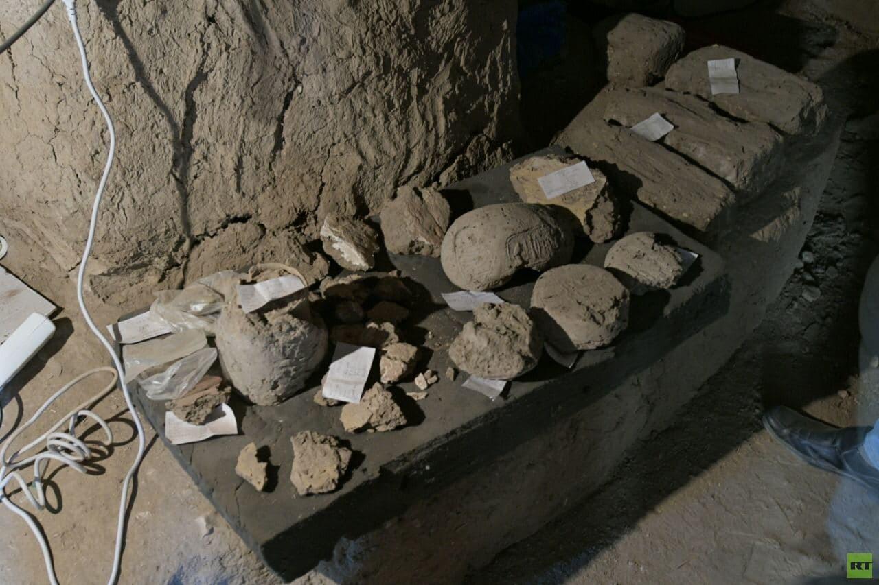 زاهي حواس يعلن اكتشاف المدينة الذهبية المفقودة (صور)
