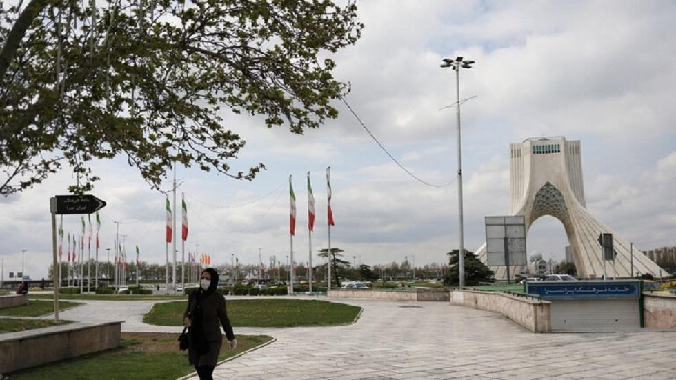 إيران تعلن الإغلاق العام في 250 مدينة بينها طهران