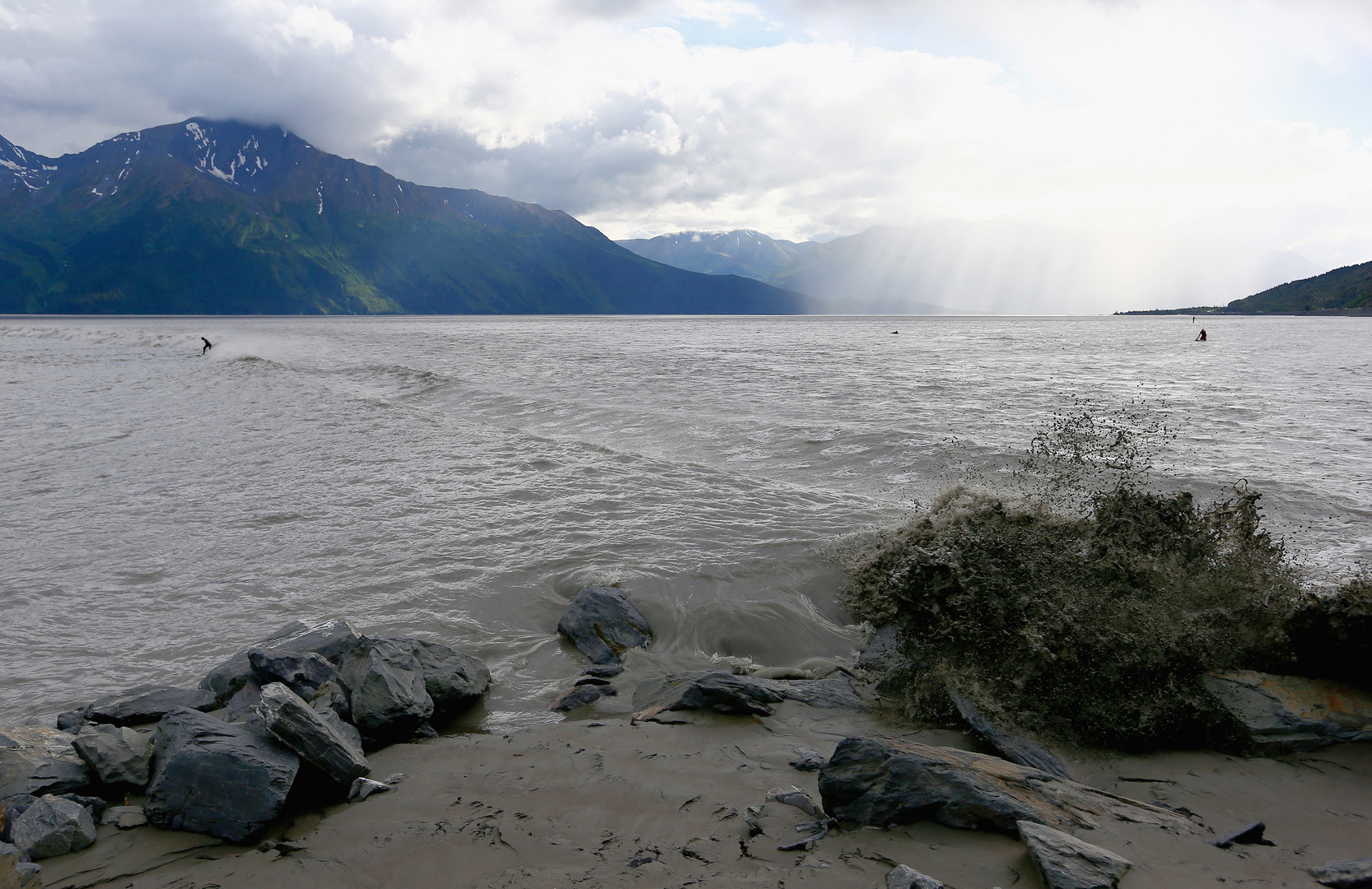 هزة أرضية بقوة 5.7 درجة في ولاية ألاسكا الأمريكية