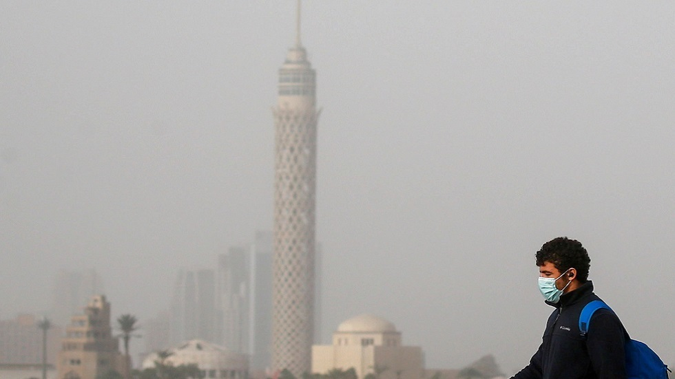مستشار السيسي: دخول مصر موجة كورونا ثالثة بات قريبا