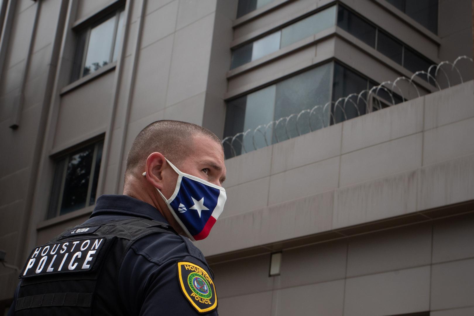 شرطة هيوستن: طفل أمريكي في الثالثة من العمر يقتل شقيقه الرضيع