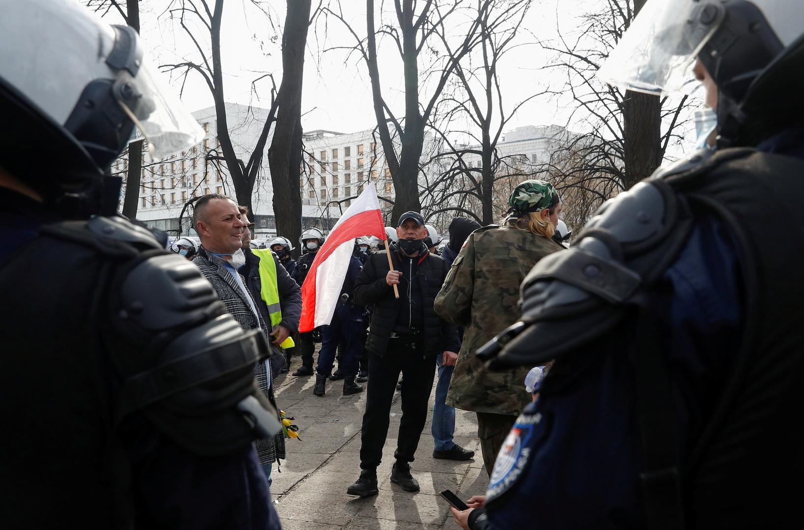 محتجون في العاصمة البولندية وارسو