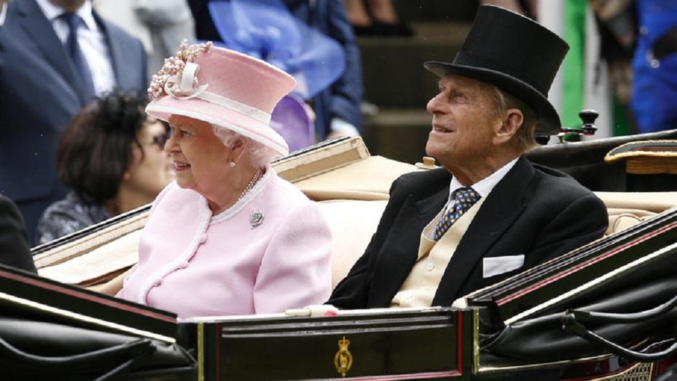 الملكة إليزابيث الثانية وزوجها الأمير فيليب - أرشيف