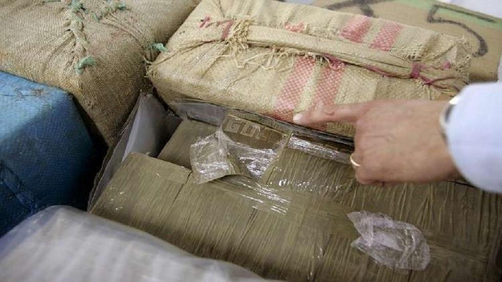 البحرية الملكية المغربية تسحب 5 أطنان من مخدر الشيرا