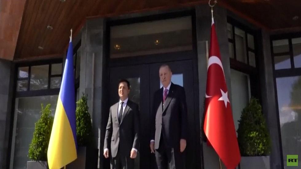 أردوغان يدعو إلى التمسك بمبادرة رباعية مينسك