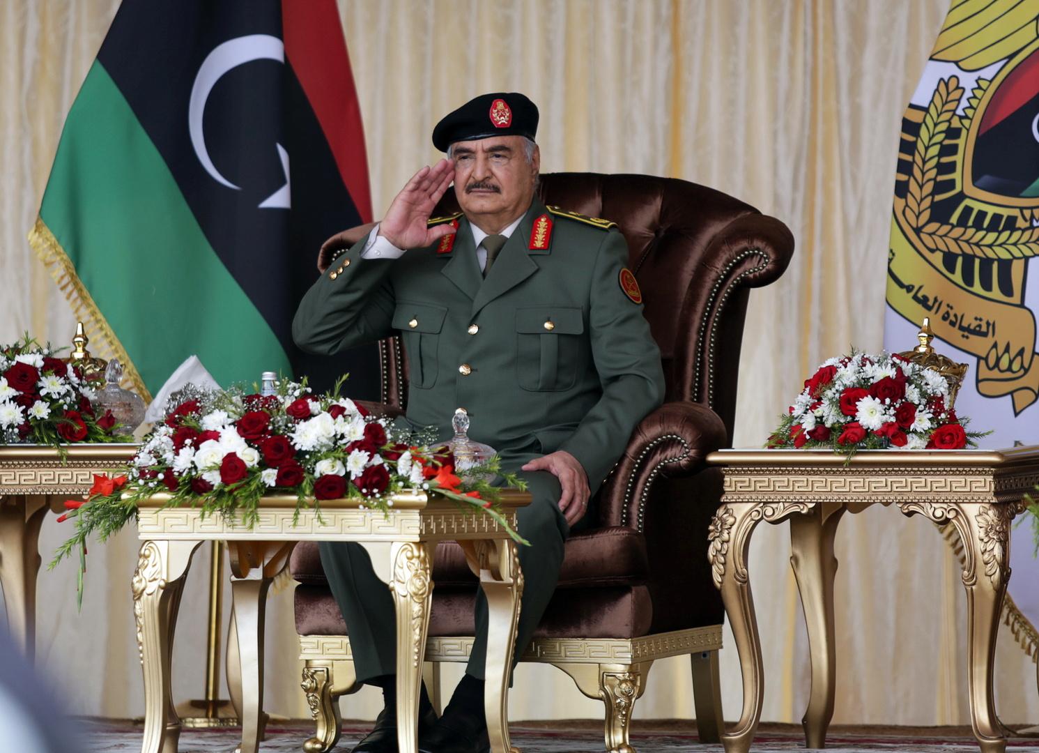 """قائد """"الجيش الوطني الليبي""""، المشير خليفة حفتر"""