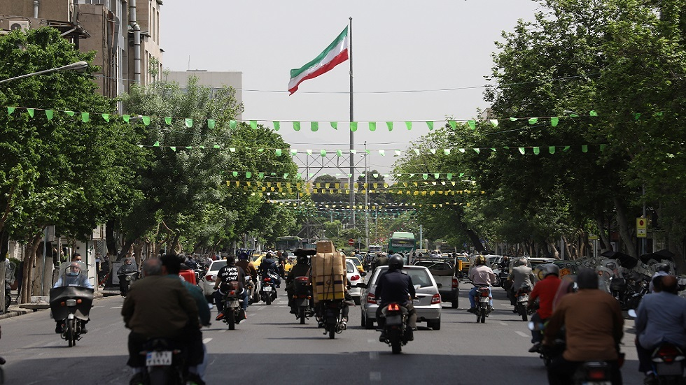 صندوق النقد الدولي يكشف عن توقعاته بشأن مستقبل الاقتصاد الإيراني
