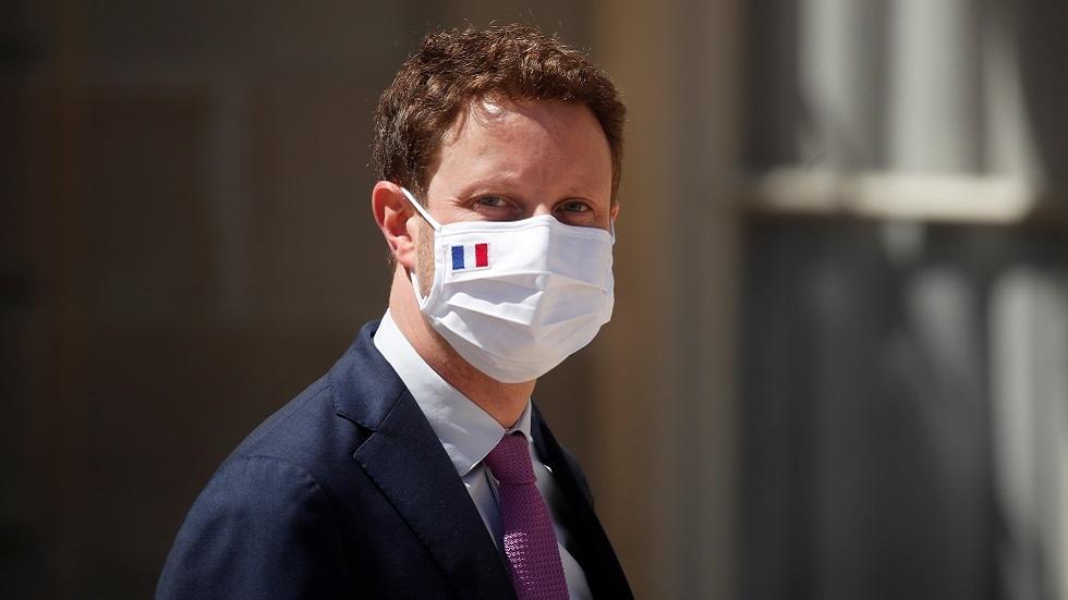 وزير فرنسي ينتقد شركة
