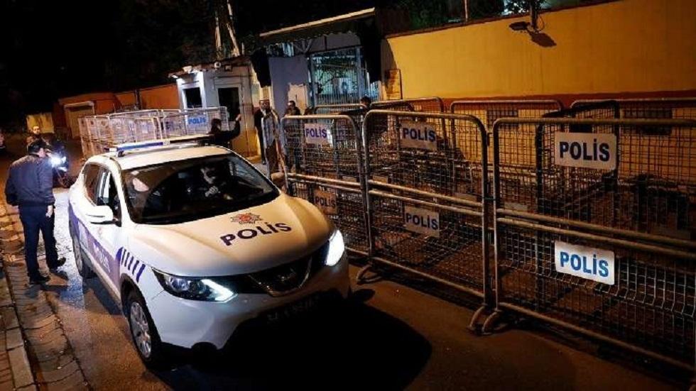 تركيا.. مسلح يهاجم قياديين في حزب