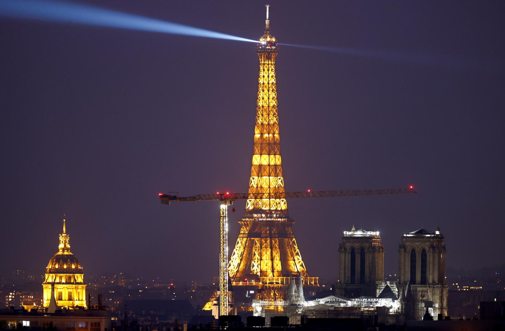 الحكومة الفرنسية تستنكر الاعتداء على مركز إسلامي غربي البلاد