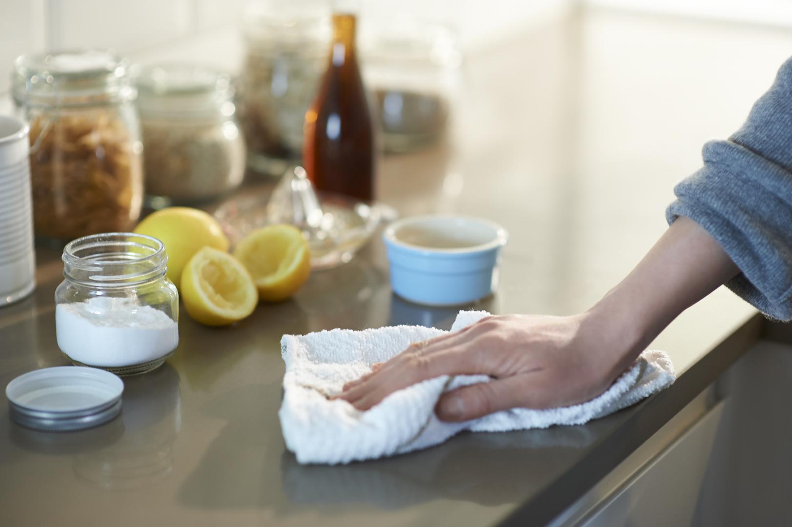 منتجات نستخدمها في المنازل قد تزيد من مخاطر الإصابة بأمراض باركنسون والسرطان