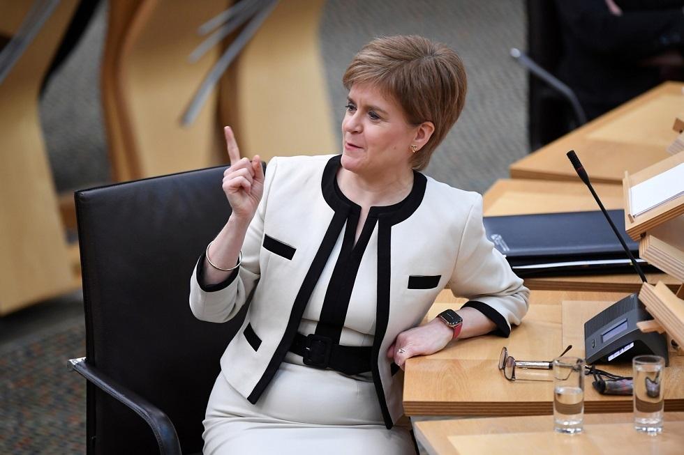 رئيسة الوزراء الاسكتلندية نيكولا ستورجون