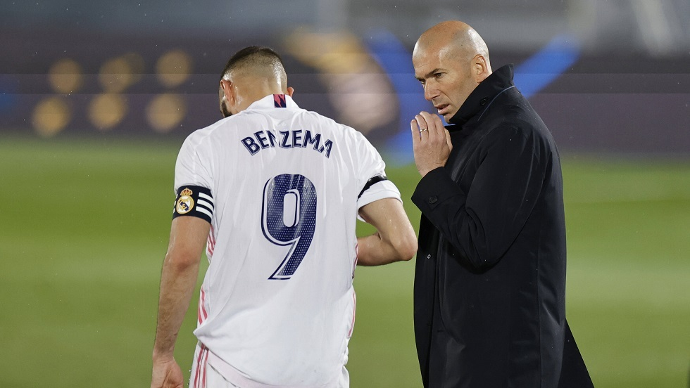 زيدان يكشف قائمة ريال مدريد لموقعة ليفربول