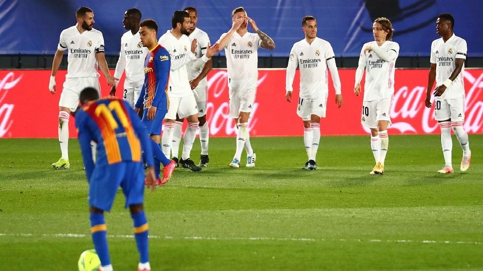 من الأقرب للقب.. المباريات المتبقية للريال وبرشلونة وأتلتيكو مدريد في