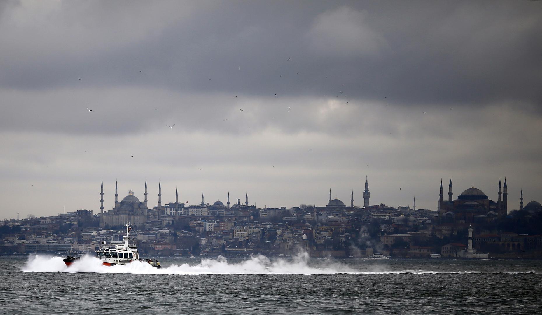 السلطات التركية تفرج عن الضباط المتقاعدين المعتقلين بقضية