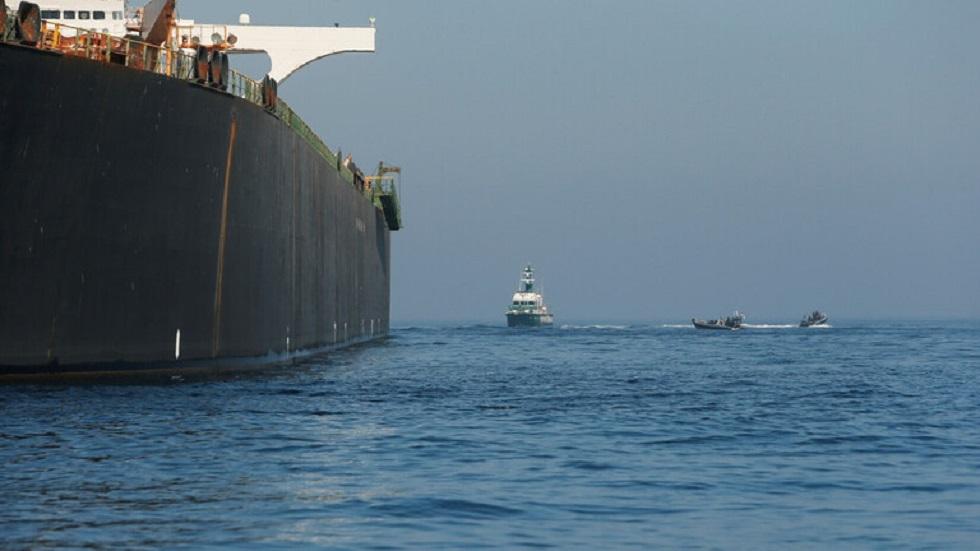 القناة 12 الإسرائيلية: مسؤولون يتهمون إيران بالهجوم على السفينة الإسرائيلية قبالة الإمارات