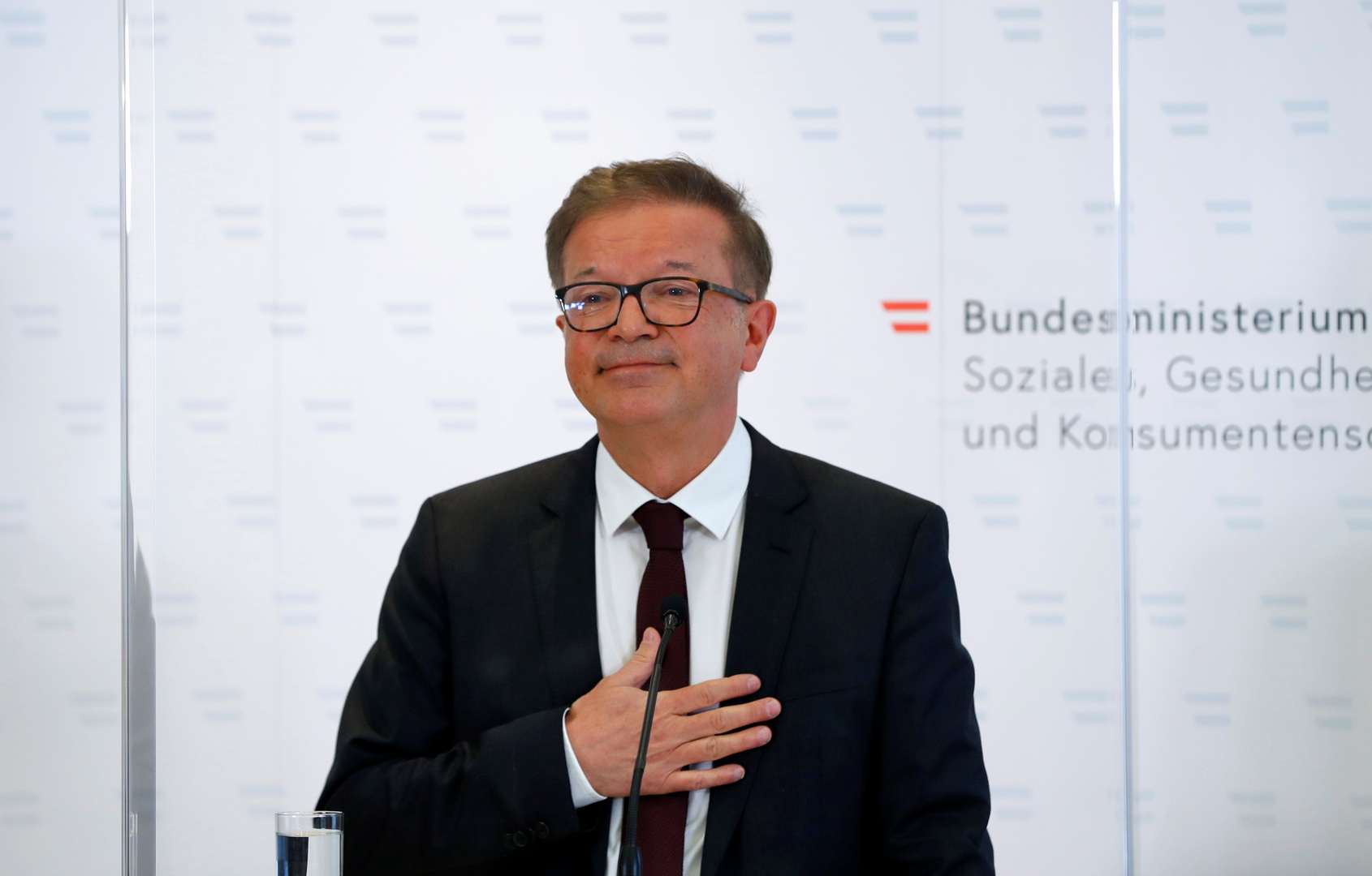استقالة وزير الصحة النمساوي بسبب الإرهاق