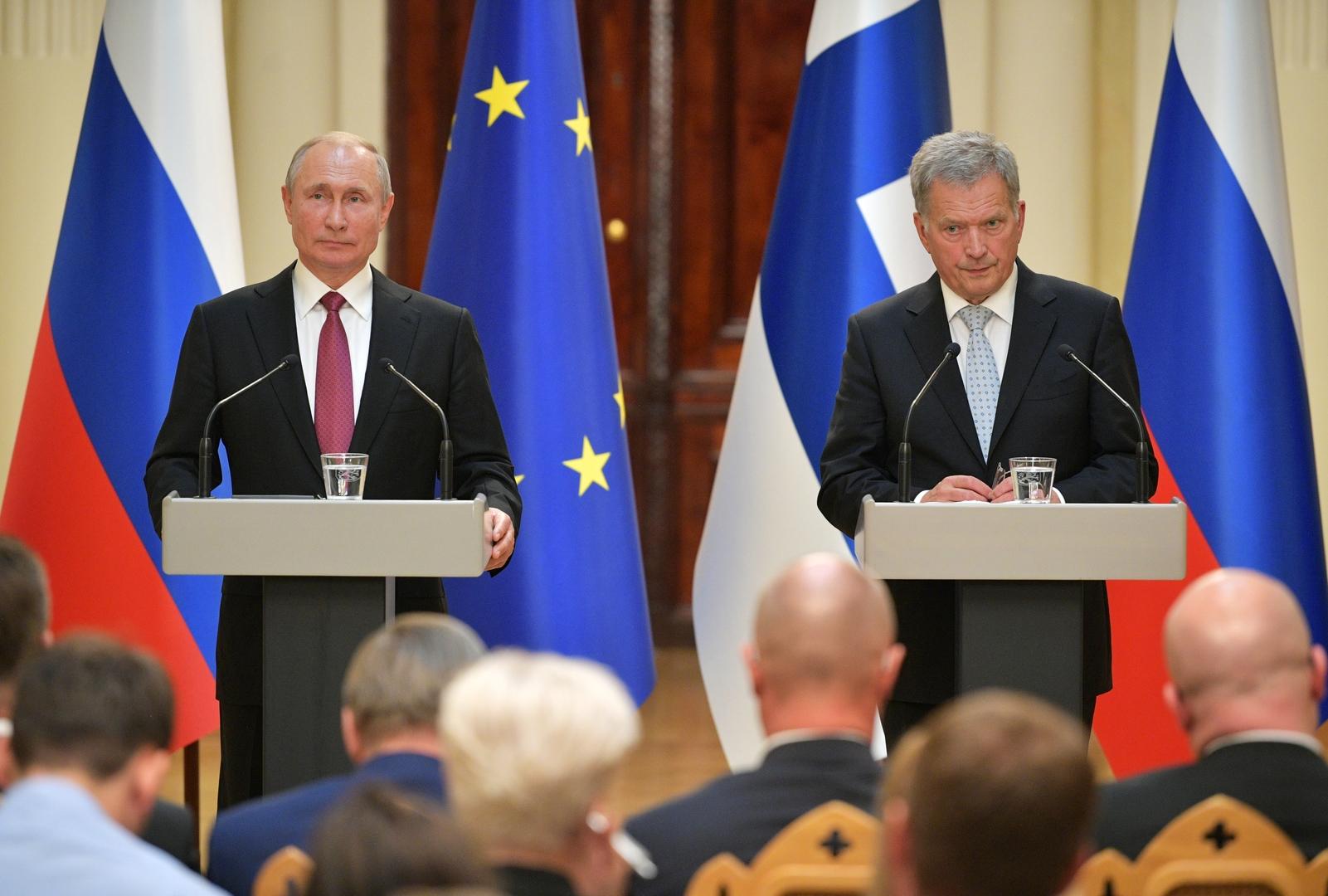 اتصال بين بوتين ورئيس فنلندا حول التسوية الأوكرانية واللقاء المحتمل مع بايدن