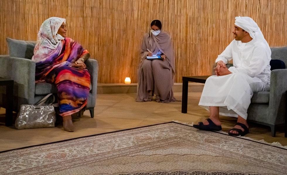 عبد الله بن زايد يستقبل مريم الصادق المهدي
