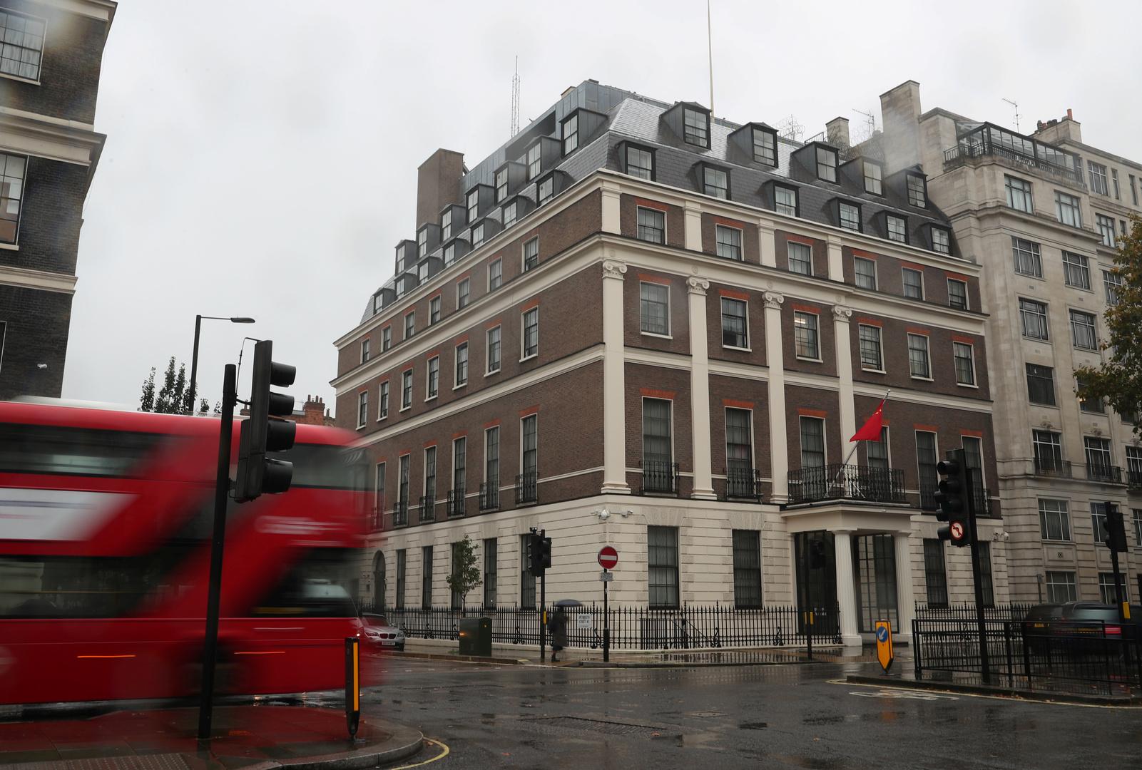 بكين: قضية جواز السفر الوطني البريطاني الخارجي ليست سوى تلاعب سياسي