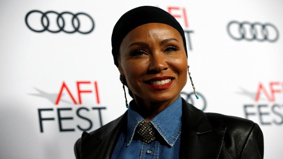 جادا سميث ترتدي الحجاب في شهر رمضان - صور