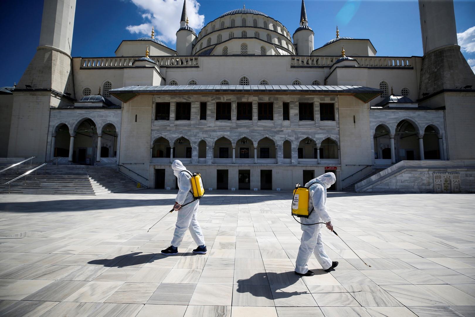 تركيا تسجل حصيلة قياسية للوفيات الجديدة بكورونا