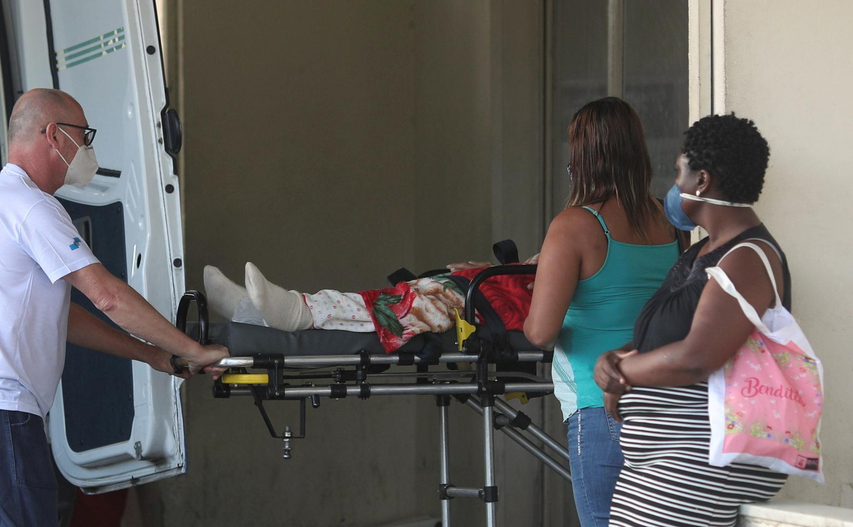 البرازيل تسجل 3560 وفاة جديدة بسبب كورونا