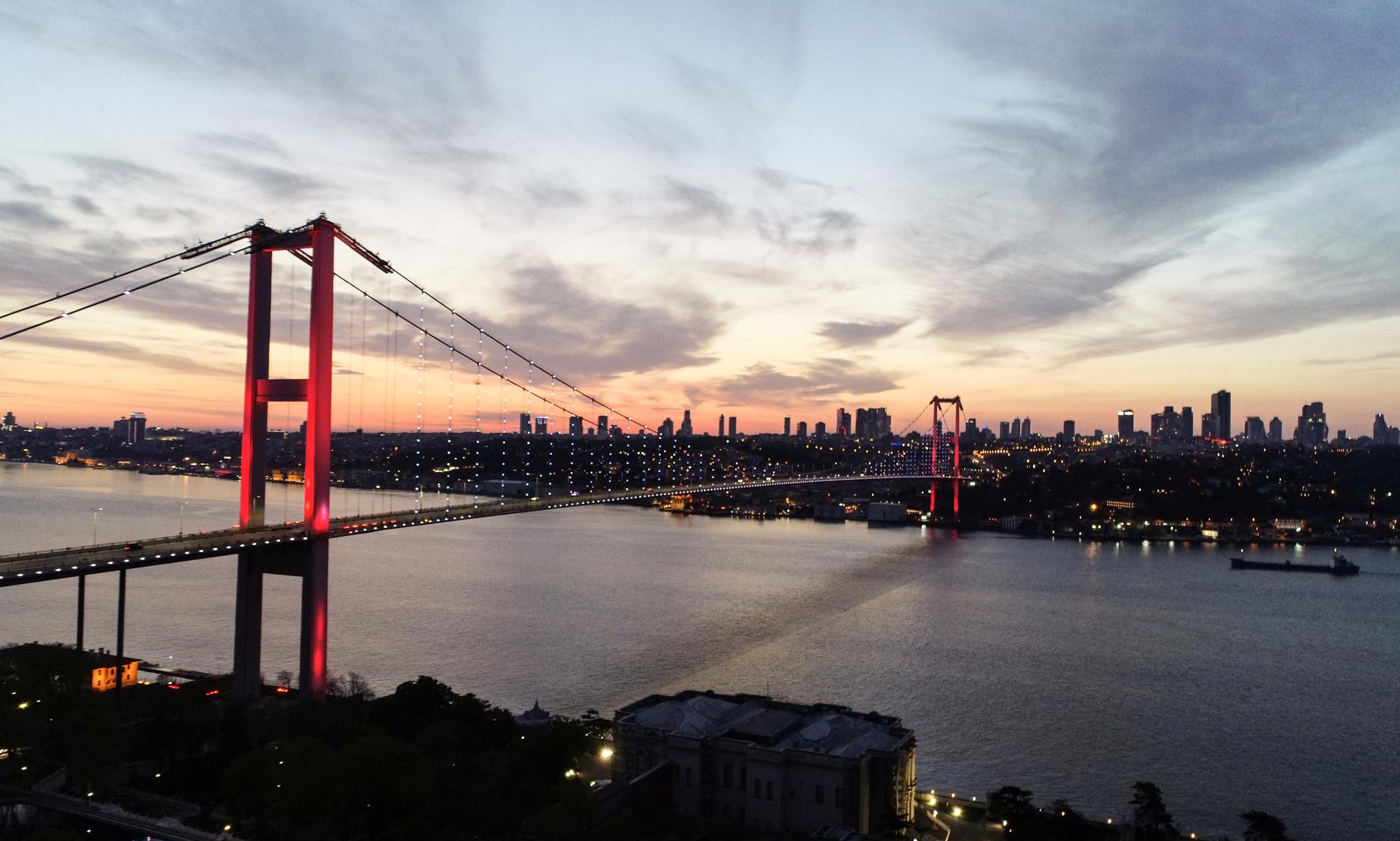 أردوغان يعلن موعد تشييد أول جسر فوق قناة اسطنبول