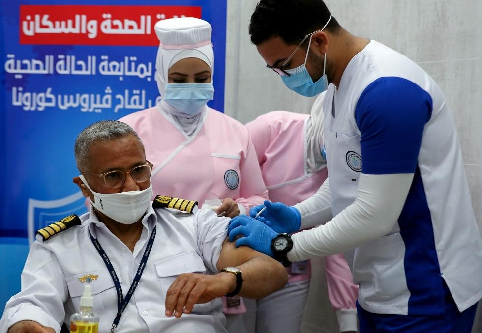 مصر تسجل 841 إصابة و42 وفاة جديدة بكورونا