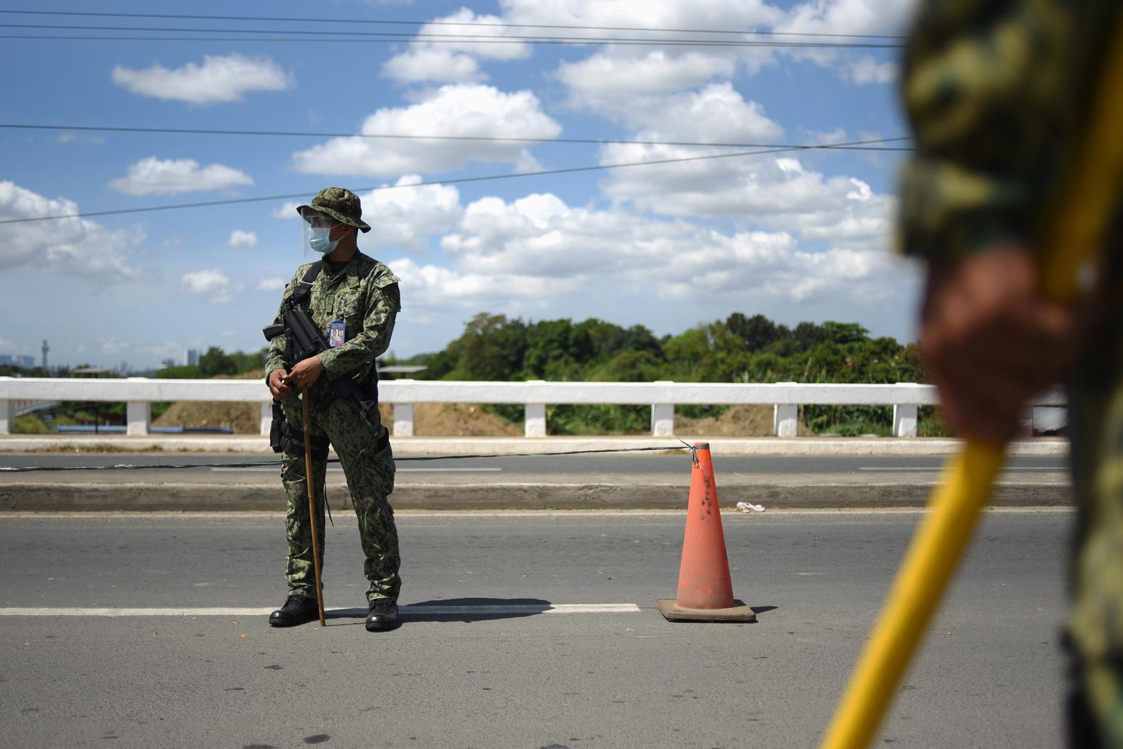 القوات الفلبينية تقتل 3 مسلحين بينهم