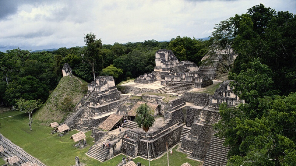 موقع تيكال الأثري