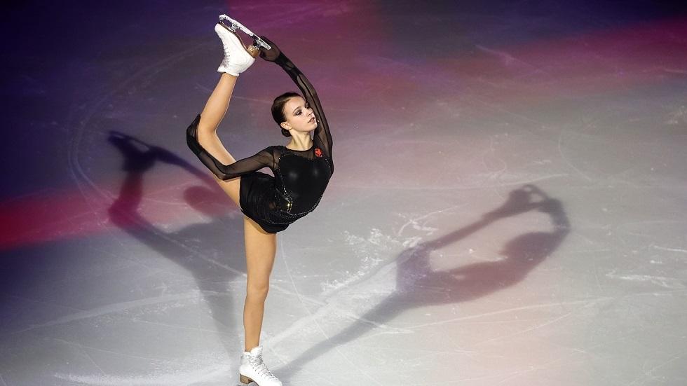 منتخب روسيا يتوج ببطولة العالم للفرق للتزحلق الفني على الجليد (فيديو)