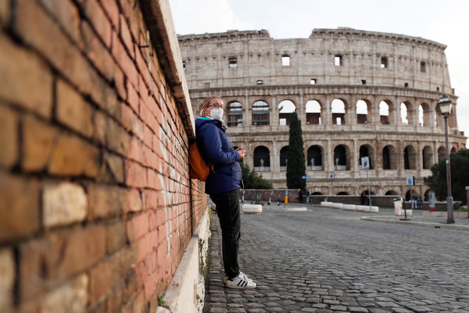 إيطاليا تسجل أكثر من 300 وفاة و15 ألف إصابة بكورونا خلال 24 ساعة