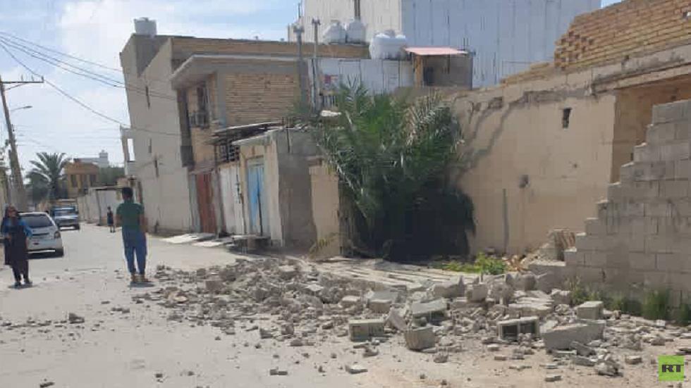 الدمار الذي خلفه الزلزال جنوب إيران