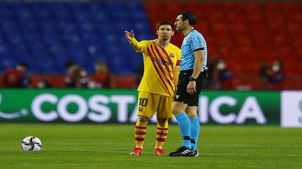 شاهد.. ميسي ينفعل بشدة في وجه حكم نهائي كأس ملك إسبانيا
