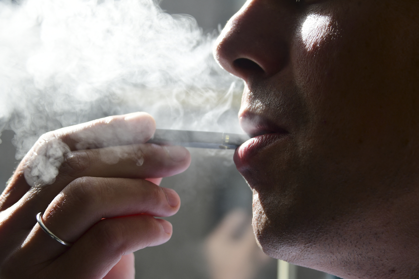 الولايات المتحدة تتطلع لخفض عدد المدخنين