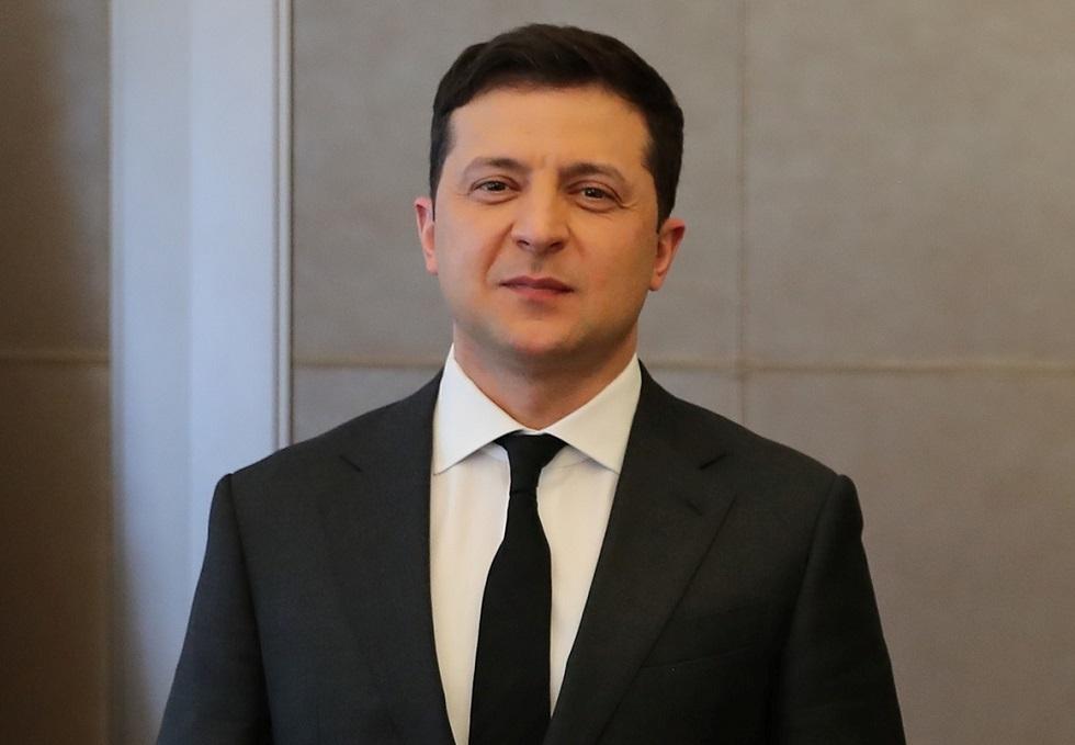 زيلينسكي يعلن استعداده لعقد لقاء مع بوتين في شرق أوكرانيا
