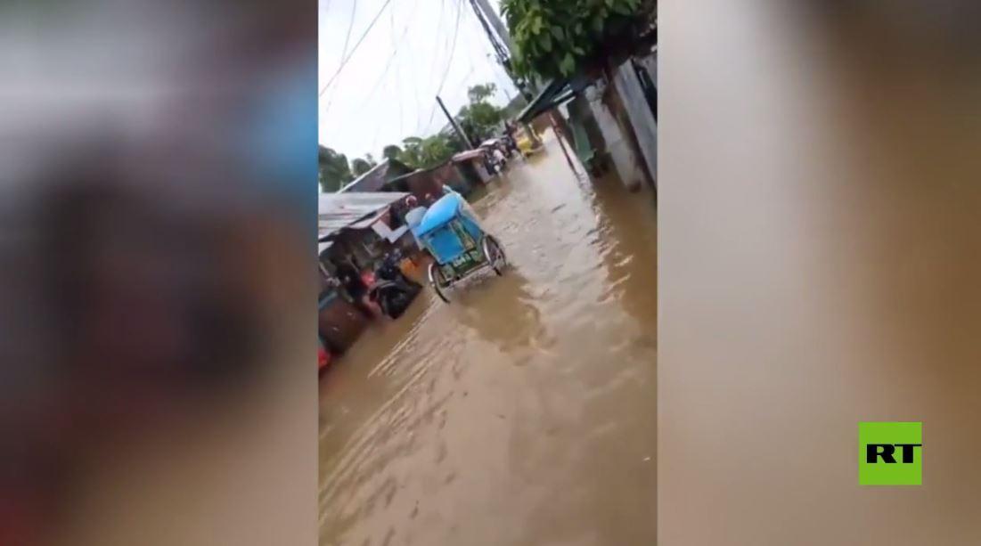 بالفيديو .. فيضانات بعد إعصار مدمّر في الفلبين