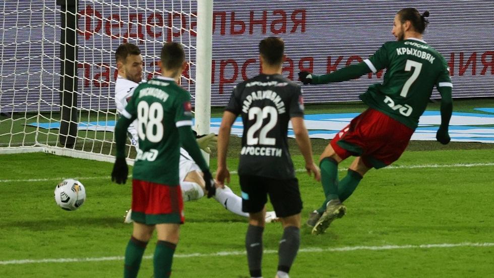 لوكوموتيف موسكو يضرب موعدا مع كريليا سوفيتوف في نهائي كأس روسيا