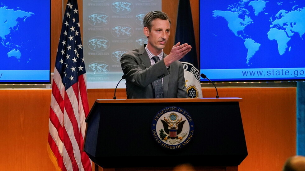 الخارجية الأمريكية: تلقينا قائمة الدبلوماسيين المطرودين من روسيا وسفيرنا لا يزال في موسكو