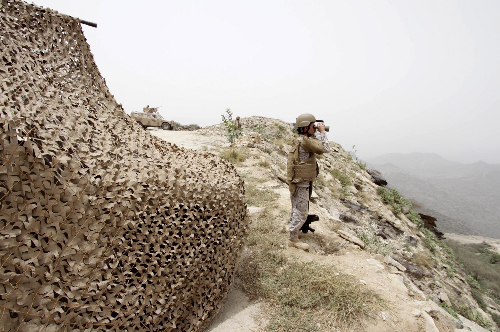 الحوثيون يعلنون استهداف
