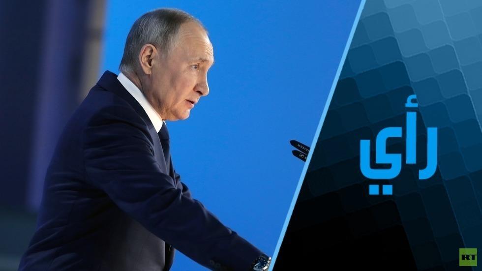 بوتين يعلّم ماكرون كيف يرسم خطوطه الحمراء